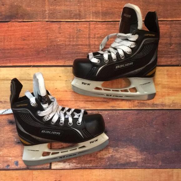 Bauer Supreme One20 Youth Ice Hockey Skates M 5a6e2a2f33162791cbce1b07